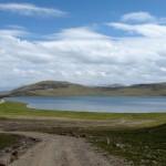 Der Sheosar-See auf dem Deosai-Plateau 4.266 m hoch