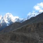 Der Ultar Peak mit Lady Finger oberhalb von Karimabad Hunza