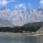 Blick auf Gulmit vom Attabad See