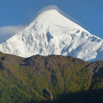 Der wunderschöne Gipfel des Diran Peak - 7266 m