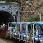 Eisenbahn in die Khewra Salzmine