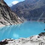 Der 2011 durch Felssturz entstandene Attabad See