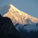 Der Diran Peak von Hunza-Tal bei Sonnenuntergang