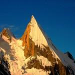 Der Laila Peak in der Abenddämmerung